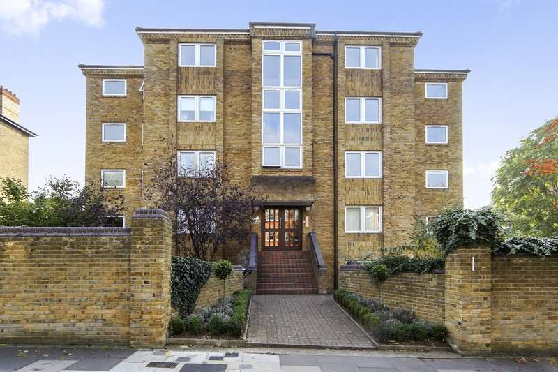2 Bedrooms Apartment Flat for sale in Avenue Elmers, Surbiton, London, KT6