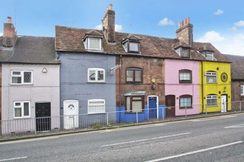 2 Bedrooms Terraced House for sale in West Wycombe Road, High Wycombe