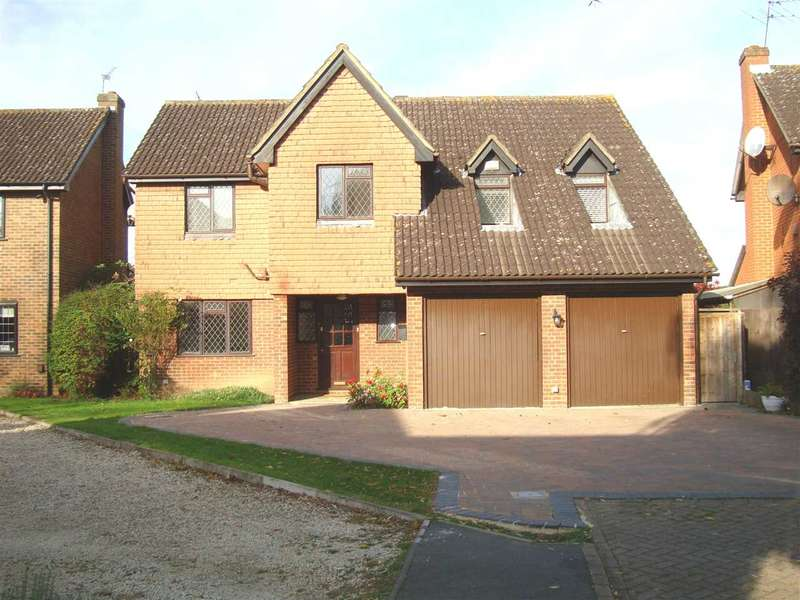 4 Bedrooms Detached House for sale in Ashley Drive, Osterley