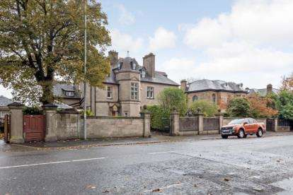 5 Bedrooms House for sale in Newark Street, Greenock