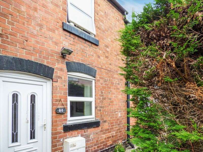2 Bedrooms Semi Detached House for sale in Yale House, LL14 1NE
