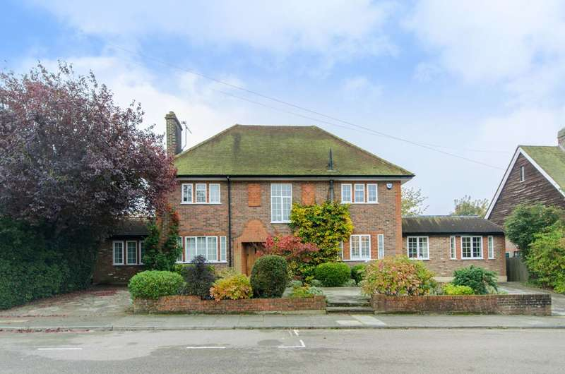 5 Bedrooms House for sale in Sunset View, High Barnet, EN5