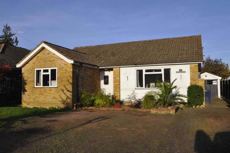 2 Bedrooms Detached House for sale in Green Lane, Radnage