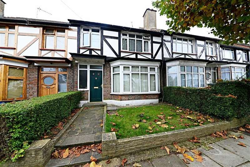 3 Bedrooms Property for sale in Abingdon Road, Finchley, London, N3