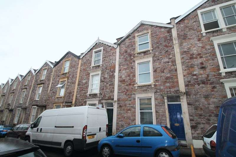 5 Bedrooms Terraced House for rent in *STUDENT PROPERTY** Southernhay Crescent, Clifton, Bristol