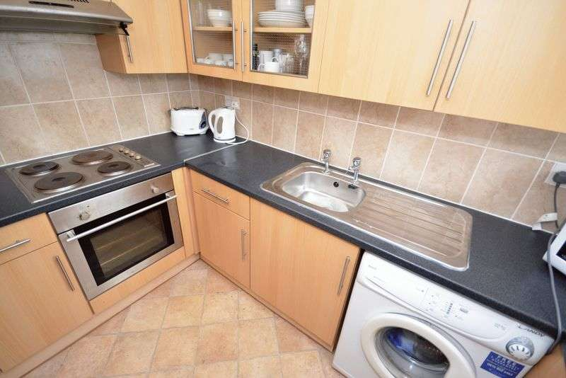1 Bedroom Flat for sale in Norwood Court, Elm Street, Roath, Cardiff