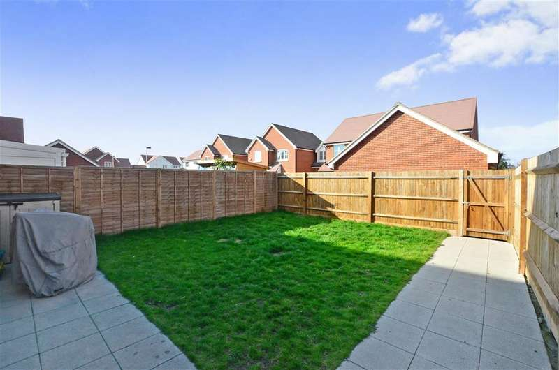 4 Bedrooms End Of Terrace House for sale in Belle View Close, New Romney, Kent