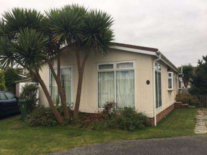 4 Bedrooms Bungalow for sale in St. Merryn Holiday Village, St. Merryn, Padstow