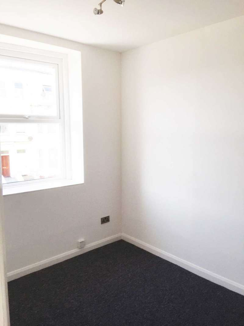 2 Bedrooms Apartment Flat for sale in Godwin Road, Margate