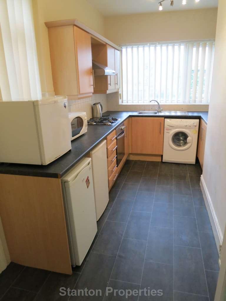 8 Bedrooms Semi Detached House for rent in 79 pppw, Brocklebank Road, Fallowfield, M14 6EL