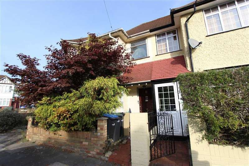 3 Bedrooms Property for sale in Greenwood Gardens, Palmers Green, London