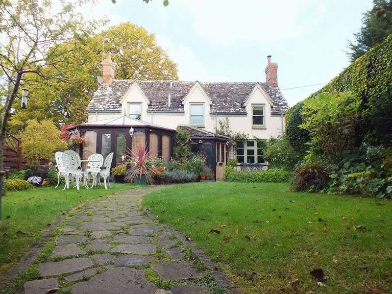 3 Bedrooms Detached House for sale in Stonesfield, Oxfordshire