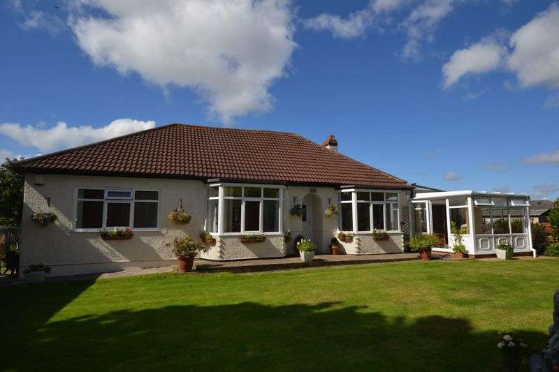4 Bedrooms Detached Bungalow for sale in Old Ferneybeds Road, Morpeth