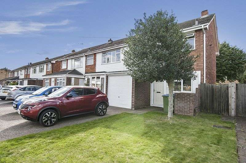 3 Bedrooms Terraced House for sale in Sidney Road, Walton-On-Thames