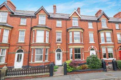6 Bedrooms Terraced House for sale in Sea Road, Abergele, Conwy, North Wales, LL22
