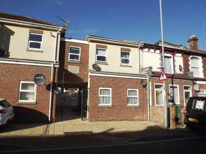 1 Bedroom Flat for sale in 173-175 New Road, Portsmouth, Hampshire