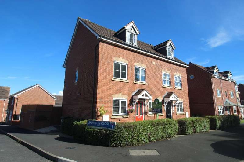 3 Bedrooms Semi Detached House for sale in Lily Green Lane, Redditch, B97