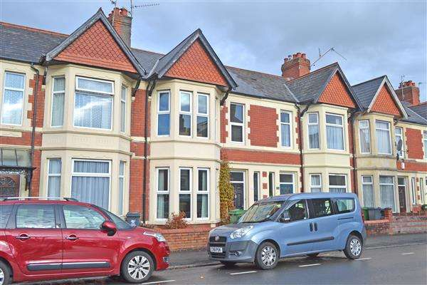3 Bedrooms Terraced House for sale in CLODIEN AVENUE, HEATH, CARDIFF