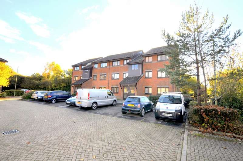 2 Bedrooms Apartment Flat for sale in Euston Grove, Ringwood, BH24 1FB