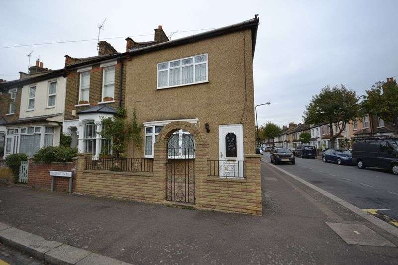 3 Bedrooms Terraced House for sale in Wellington Road, London