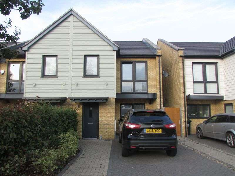 3 Bedrooms House for sale in Heath End Road, Bexley