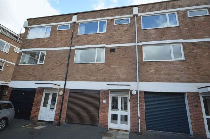 3 Bedrooms Terraced House for sale in South Parade, West Kirby