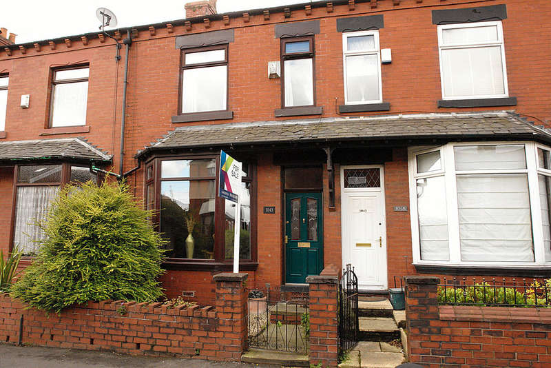 3 Bedrooms Terraced House for sale in 1043 Middleton Road, Chadderton