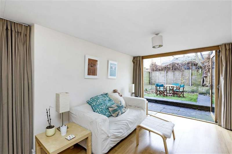2 Bedrooms Flat for sale in Lyham Road, Brixton Hill, London, SW2