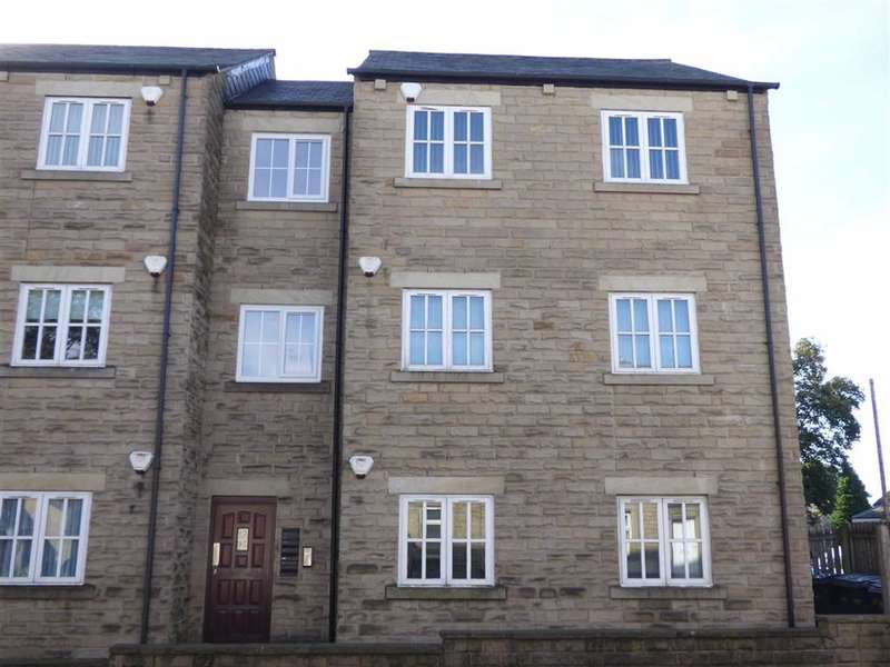 2 Bedrooms Property for sale in High Street, Lees, Oldham, OL4