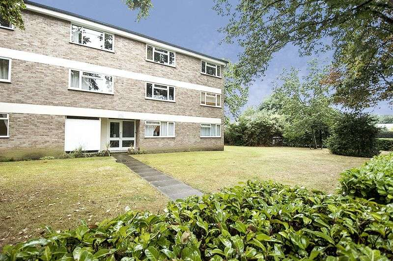 1 Bedroom Flat for sale in St Marys, Weybridge.