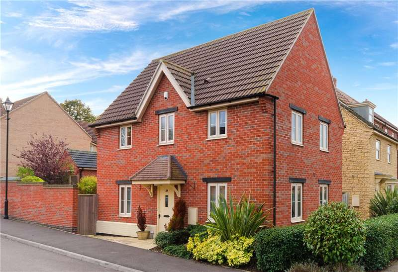 3 Bedrooms Detached House for sale in Stephenson Close, Colsterworth, Grantham, NG33