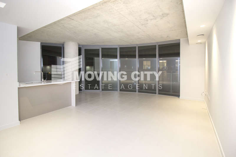2 Bedrooms Flat for sale in Hoola (West Tower), Royal Victoria Docks, Docklands