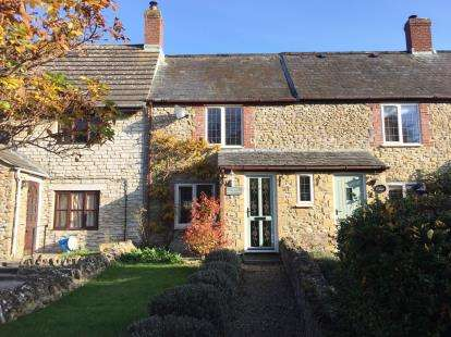 2 Bedrooms Terraced House for sale in Brister End, Yetminster, Sherborne