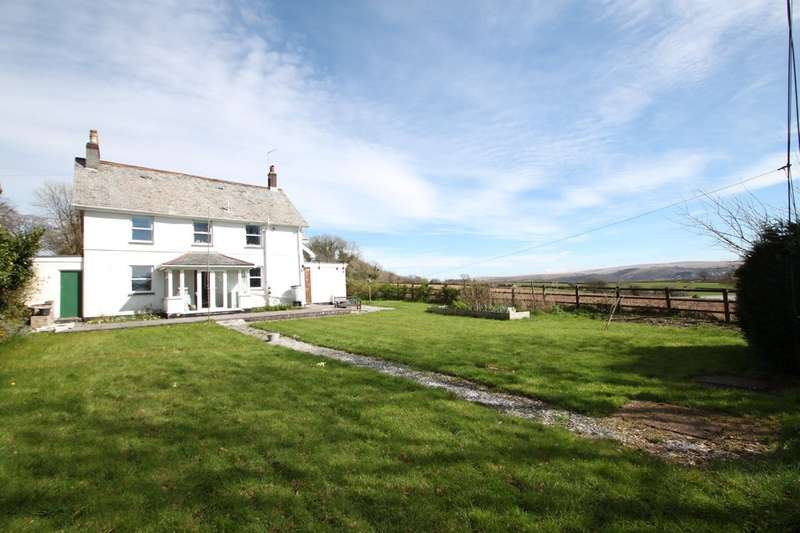 6 Bedrooms Detached House for sale in Roborough, Plymouth