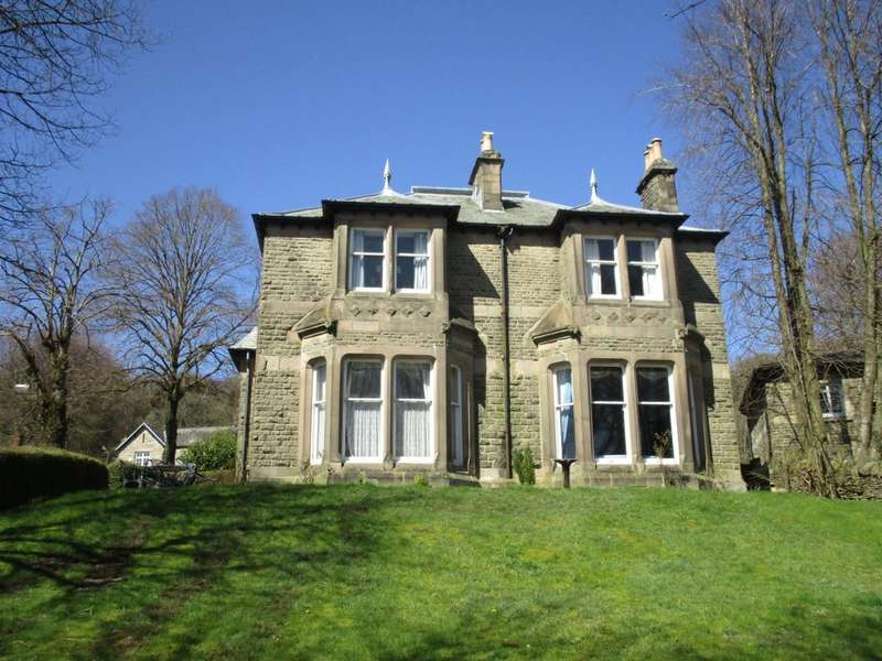 5 Bedrooms Detached House for sale in Marlborough Road, Buxton