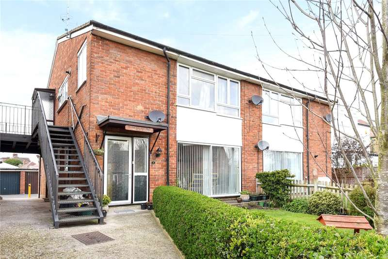 2 Bedrooms Maisonette Flat for sale in Flat 5, 63 Oldfield Lane South, Greenford, UB6