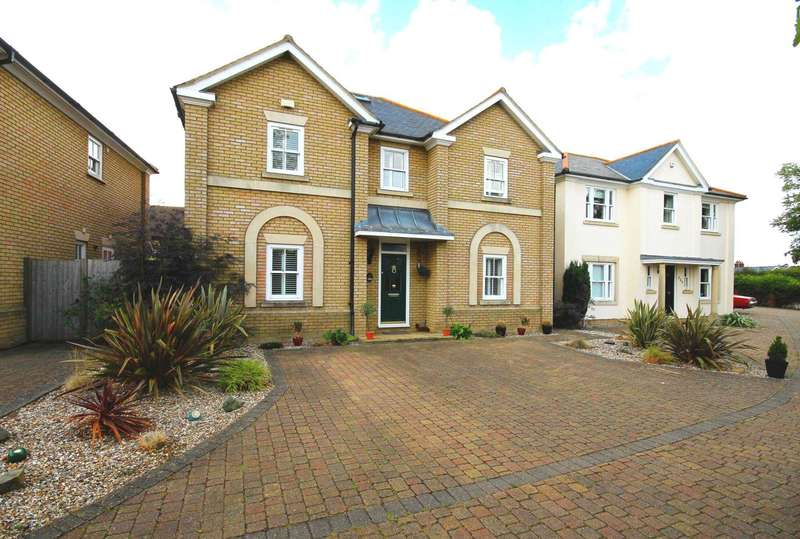 5 Bedrooms House for sale in Stock Road, Billericay