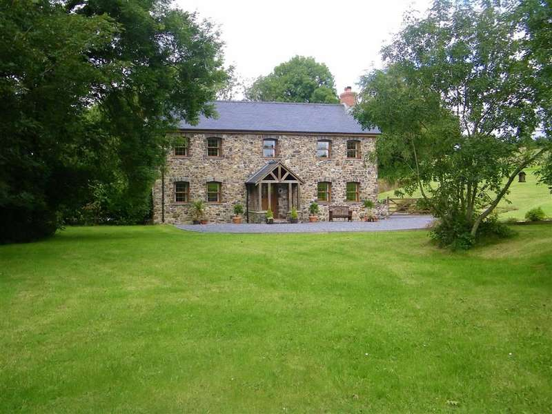 4 Bedrooms Detached House for sale in Whitland, Carmarthenshire