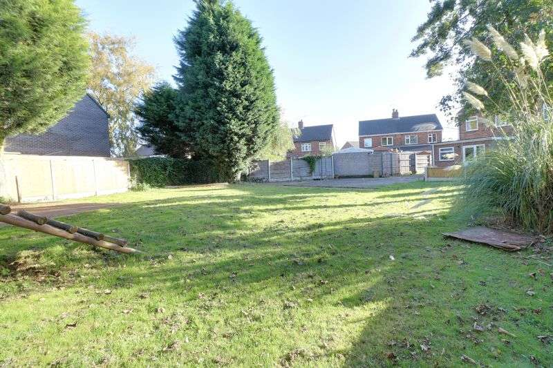 2 Bedrooms Semi Detached House for sale in Haig Avenue, Scunthorpe