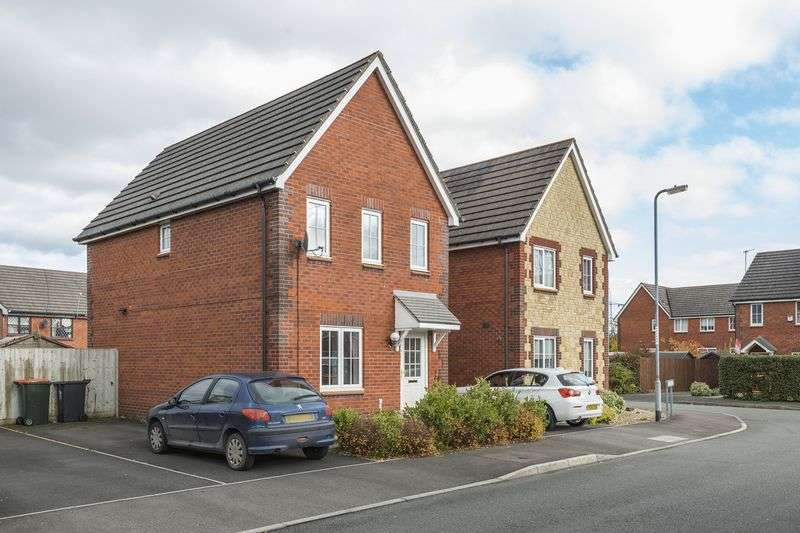 3 Bedrooms Detached House for sale in Criccieth Close, Newport