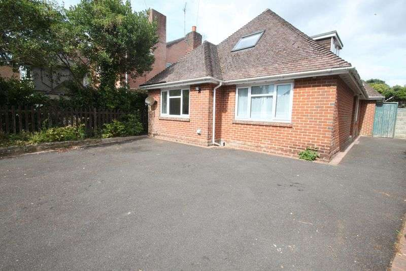 6 Bedrooms Detached House for rent in Winton, Bournemouth