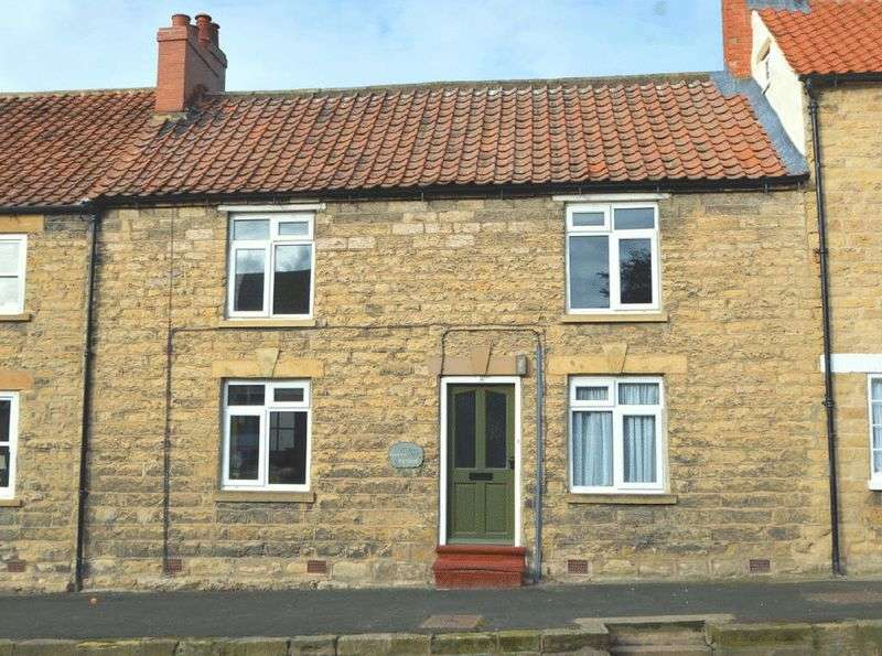 2 Bedrooms Terraced House for sale in Grouse Cottage, High Street, Thornton-le-dale