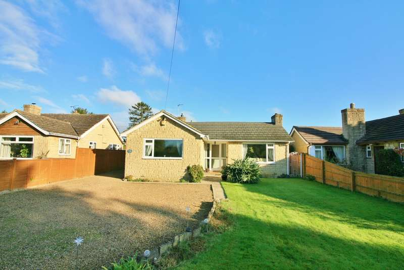3 Bedrooms Detached Bungalow for sale in Noke, Oxfordshire