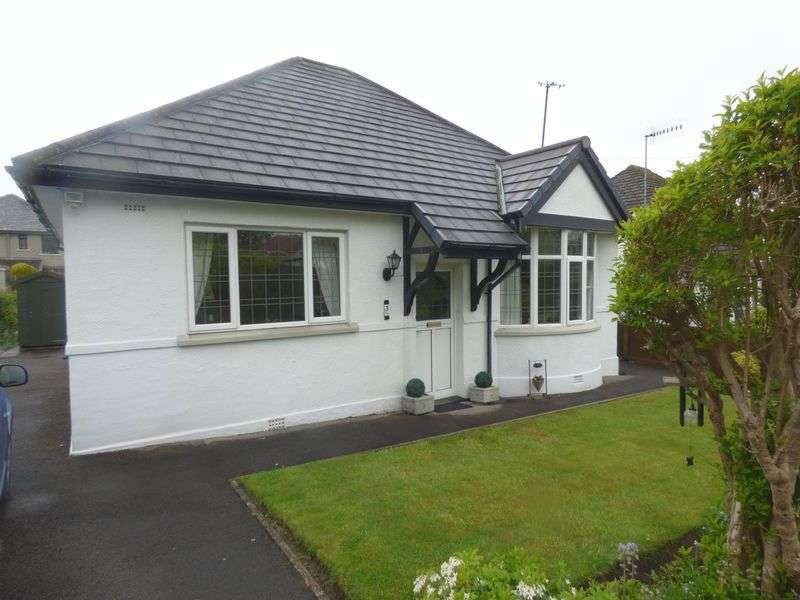 2 Bedrooms Detached Bungalow for sale in Thorns Avenue, Hest Bank
