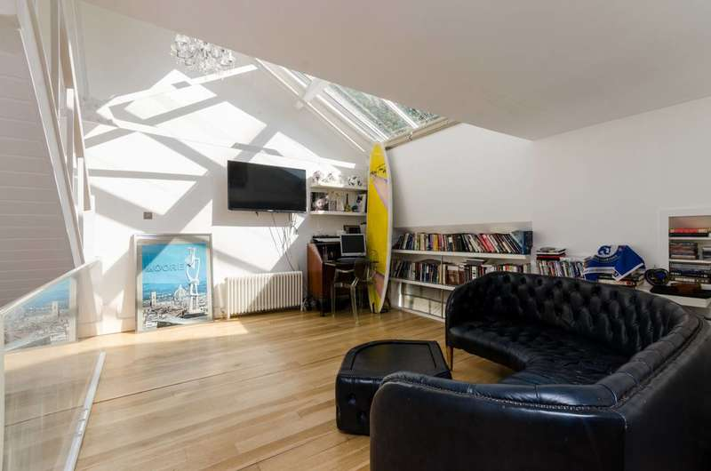 1 Bedroom Flat for sale in Fulham Road, Fulham Broadway, SW6