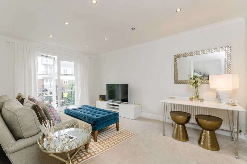 2 Bedrooms Flat for sale in Brompton Park Crescent, West Brompton, SW6
