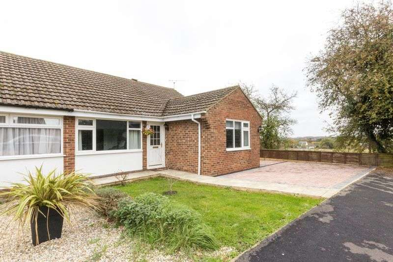 3 Bedrooms Semi Detached Bungalow for sale in Littlebourne