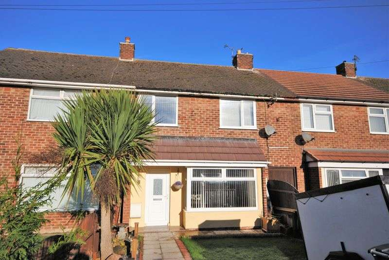 3 Bedrooms Terraced House for sale in Curlew Way, Moreton