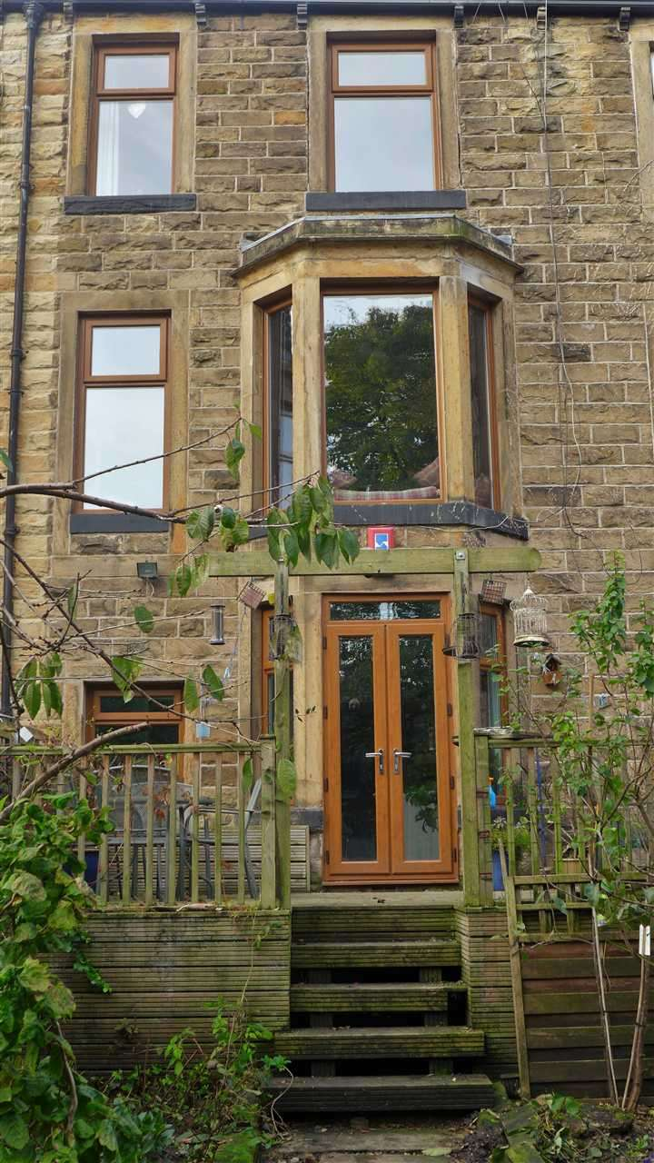 5 Bedrooms Terraced House for sale in Queens Street, Padiham