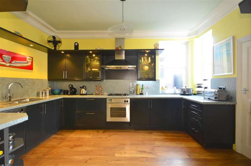 4 Bedrooms End Of Terrace House for sale in Belgrave Road, Wanstead